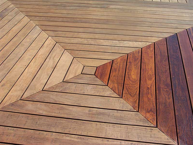 IPE-Deck-staining-3-BEFORE-_-AFTER